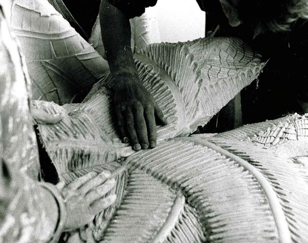 démoulage des feuilles de palmiers sculptées
