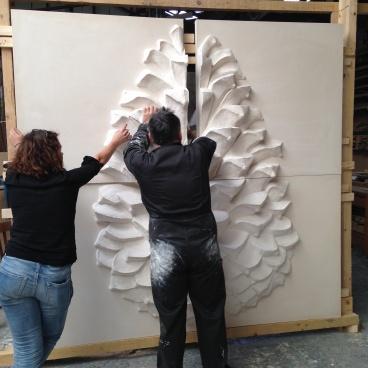 Montage panneau mural ecorce de pin